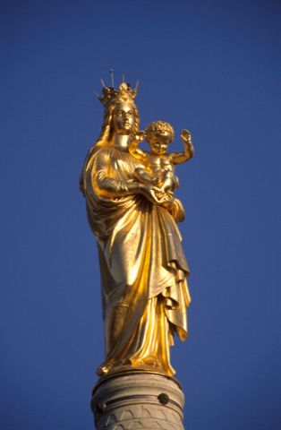 http://christian.wiroth.free.fr//ImagesOB01012010/ndgarde020310/3%20.jpg