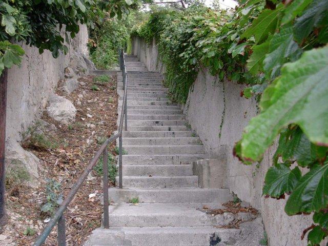 Escalier du paradis.Marseille. image Cricri