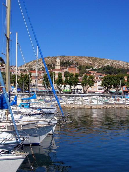 l' estaque vue du port sur village